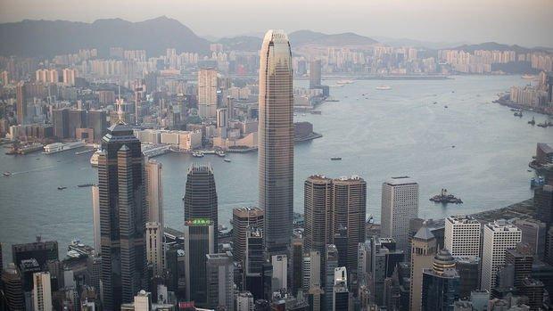 Hong Kong dördüncü çeyrekte yüzde 2.9 daraldı