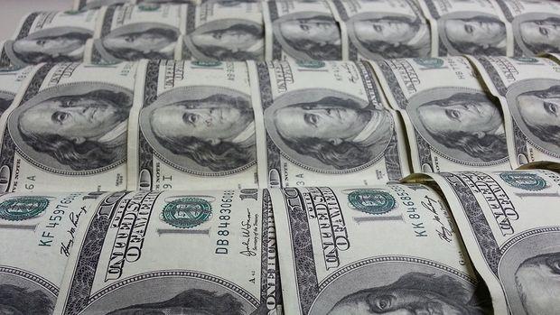 Dolar/TL düşüşe geçti