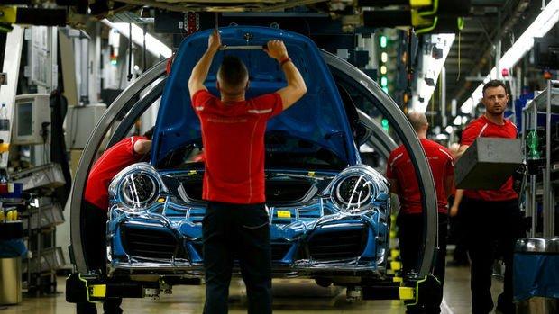 Almanya'nın fabrika siparişlerinde sürpriz düşüş