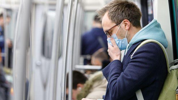 İngiltere'de üçüncü koronavirüs vakası tespit edildi