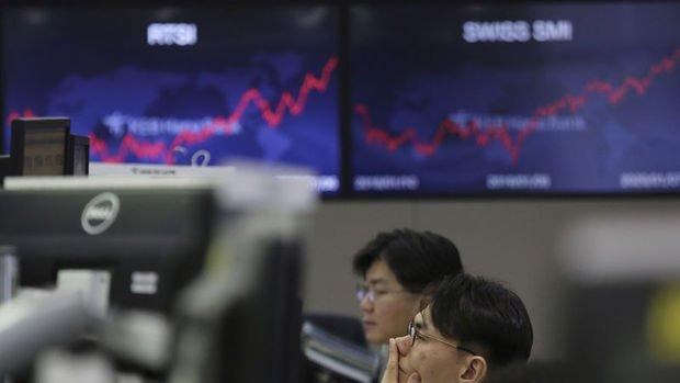 Asya borsaları haftanın son işlem gününde geriledi