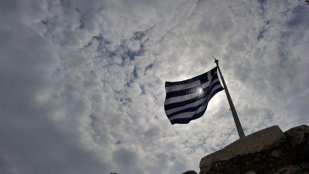 Yunanistan tahvillerinin faizi ilk kez yüzde 1'in altına düştü