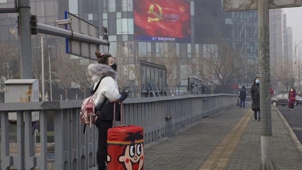 Çin'de iki yerel yönetici vaka artışlarının hızlanmasıyla görevden alındı