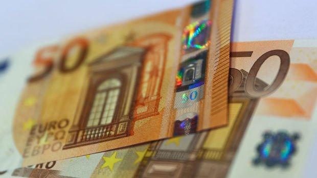 Euro/dolar üç günlük düşüşün ardından yükseldi