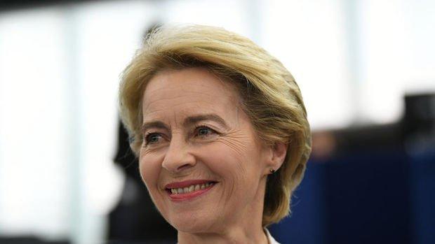 AB/Ursula von der Leyen: Yapay zeka için yıllık 20 milyar euro yatırım çekmeyi planlıyoruz