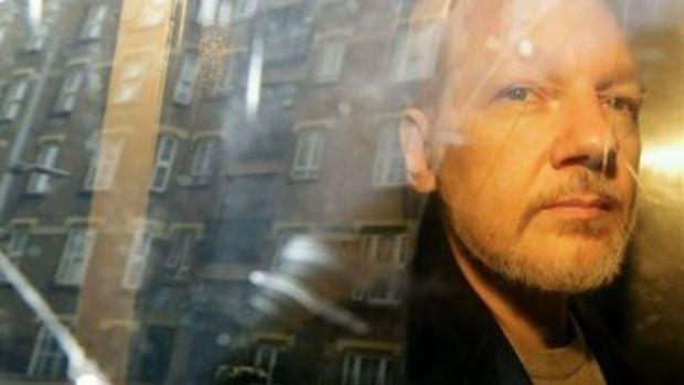 Trump'ın Julian Assange'a 'af teklifinde bulunduğu' iddia edildi
