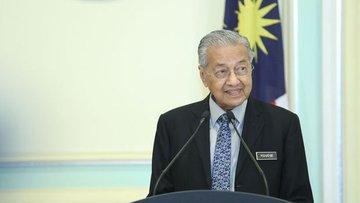Malezya'da Mahathir Muhammed başbakanlık görevinden istif...