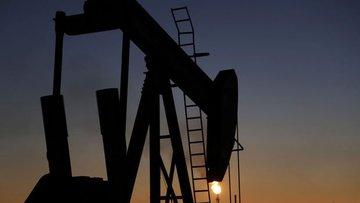 Petrol güçlü satış dalgasının ardından sakinleşti