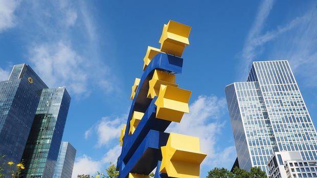 Euro Bölgesi'nde ekonomik güven virüs endişesine rağmen yükseldi
