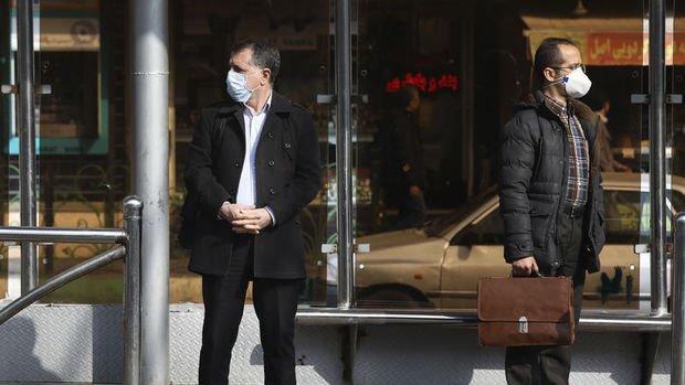 İran IMF'den koronavirüsle mücadele için 5 milyar dolar kredi istedi