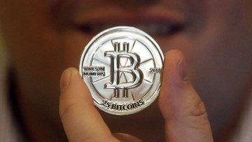 Bitcoin'de kayıplar % 25'i aştı, 6 bin doların altını gördü