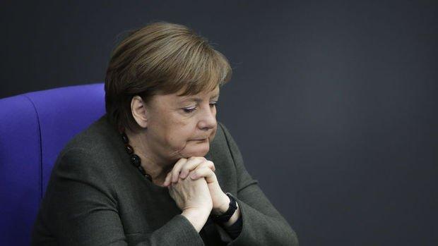 Almanya virüs ile mücadele için dengeli bütçeden vazgeçecek
