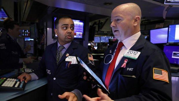 Küresel Piyasalar: Hisselerdeki düşüş hız kesti, ABD vadelileri dalgalandı