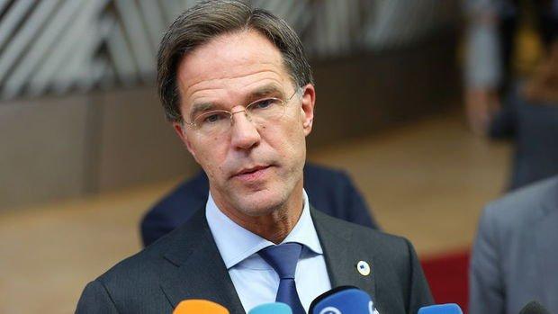 Hollanda Başbakanı: Hollandalıların büyük bir kısmı Kovid-19'a yakalanacak