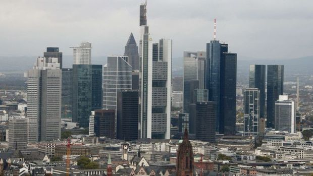 Almanya'da yatırımcı güveni Mart'ta beklenenden fazla düştü