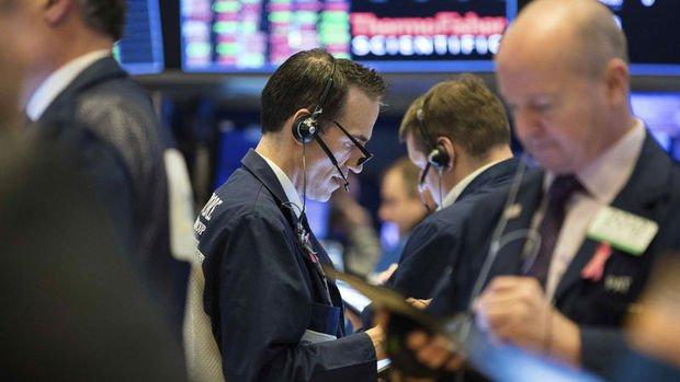 Küresel Piyasalar: Asya hisseleri yükseldi, dolar yükselişine ara verdi