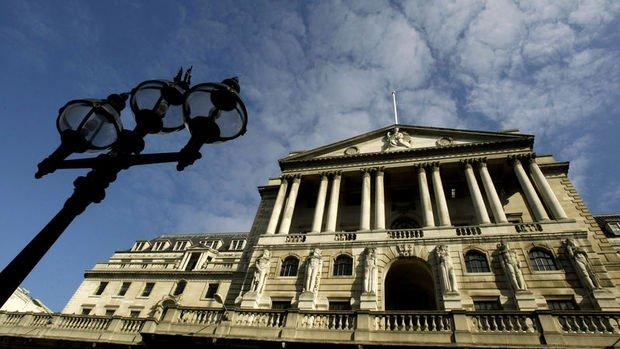 İngiltere MB koronavirüs nedeniyle banka stres testlerini erteledi