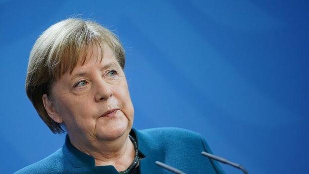 Merkel'e yapılan Kovid-19 testi negatif çıktı