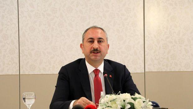 Adalet Bakanı Gül: Duruşmaların ertelenmesi konusunda HSK'ye yetki verildi