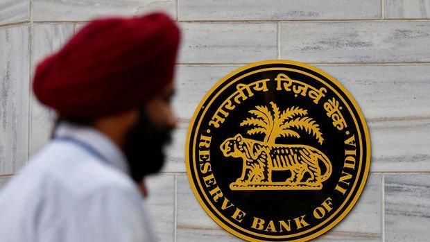 Hindistan bankaların offshore döviz piyasasında işlem yapmasına izin verdi