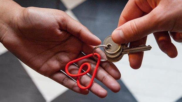 Airbnb ev sahiplerinin koronavirüs zararlarını karşılama kararı aldı