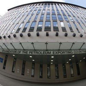 OPEC VE OPEC DIŞI ÜLKELER 6 NİSAN'DA TOPLANACAK