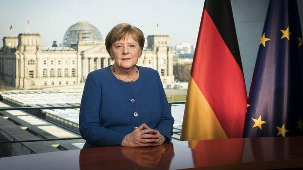 Almanya'da virüs vakalarında yavaşlama kaydedildi