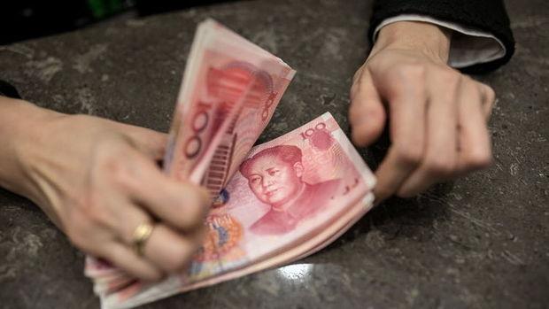 Çin'de yeni krediler Mart'ta beklentinin üzerine çıktı