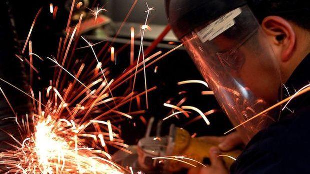 Sanayi üretimi Şubat'ta aylık yüzde 1.2 arttı