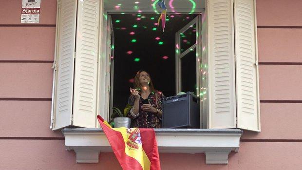 İspanya'da yeni vaka sayısı üç buçuk haftanın en düşük seviyesine indi