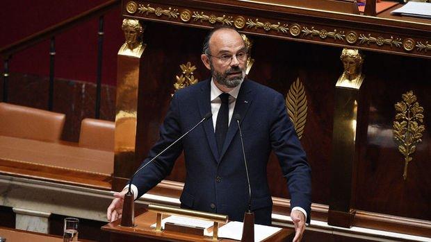 Fransa'da Kovid-19 tedbirlerinin aşamalı gevşetilmesi planı meclisten geçti