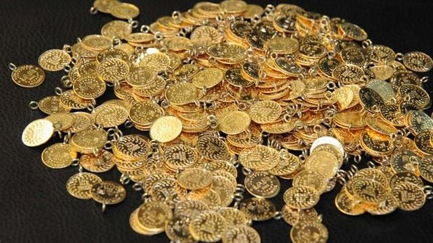 Gram altın 393 lira seviyelerinde