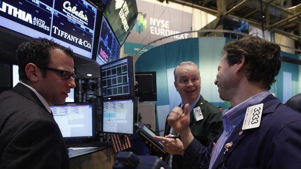 Küresel Piyasalar: ABD vadelileri tırmandı, dolar kayıplarını ikinci güne taşıdı