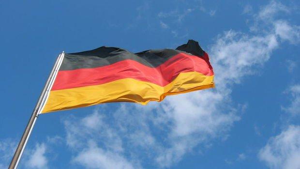 Almanya'nın ihracatı Mart'ta yüzde 11,8 azaldı