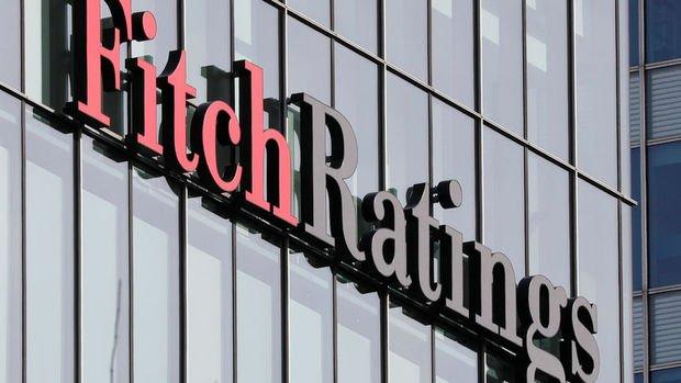 Fitch Fransa'nın not görünümünü 'negatif'e indirdi