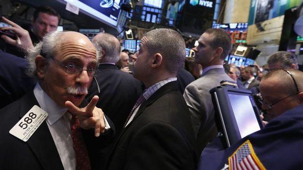 Küresel Piyasalar: Hong Kong hisse senetlerindeki düşüşe öncülük etti