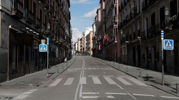 İspanya Temmuz'da sınırlarını uluslararası turizme açıyor
