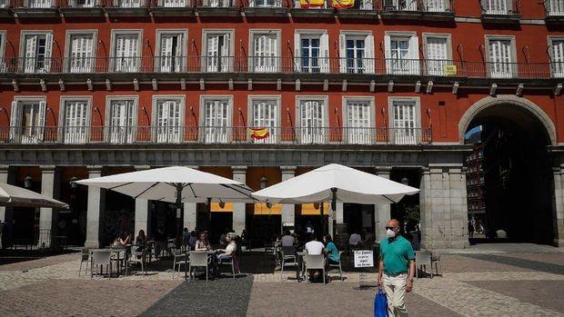 İspanya'da, turistlere karantina uygulaması 1 Temmuz'da kaldırılacak