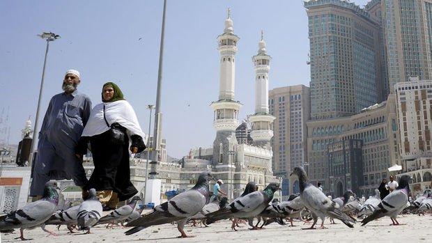 Suudi Arabistan, Kovid-19 sonrası 3 aşamalı normalleşme planını açıkladı