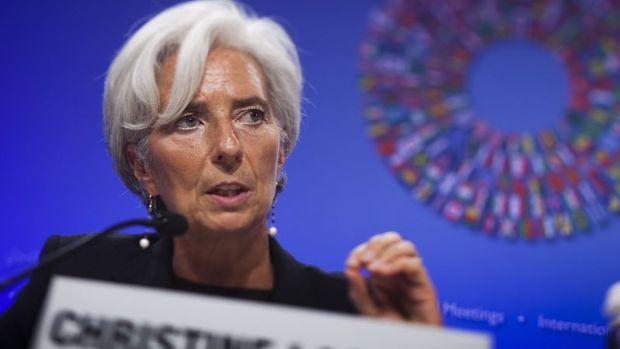 AMB/Lagarde: Ekonomi AMB'nin en kötü durum senaryosuna yakın