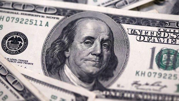 Dolar risk iştahındaki düşüş ile önemli paralar karşısındaki gücünü korudu