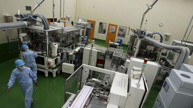 Japonya'da üretim ve satışlar virüsün talebi düşürmesi ile geriledi