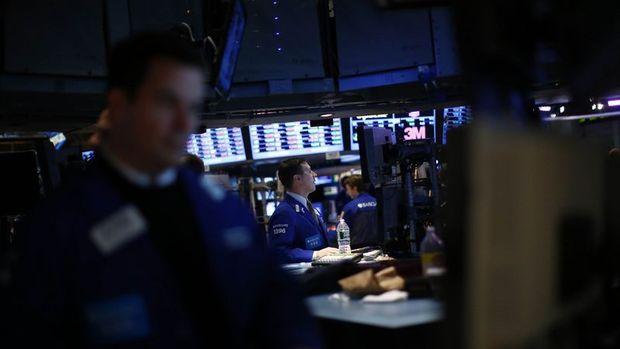 Küresel Piyasalar: Hong Kong hisseleri yükseldi, dolar geriledi