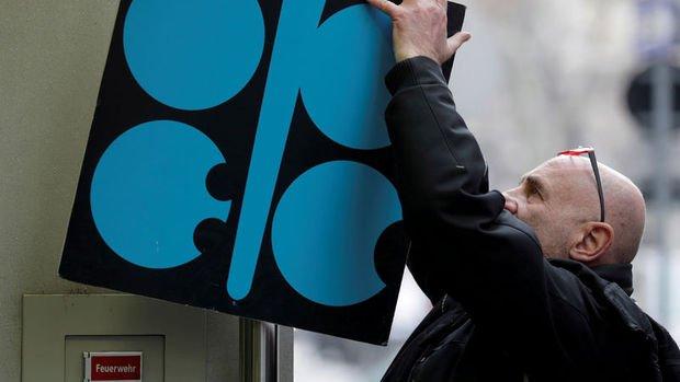 OPEC+ rekor arz kısıntısını uzatma konusunda anlaşmaya yakın