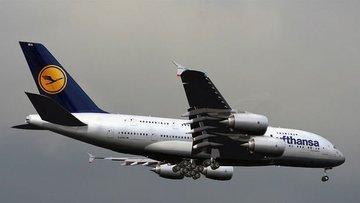 Lufthansa Grubu ilk çeyrekte 2,1 milyar euro zarar açıkladı