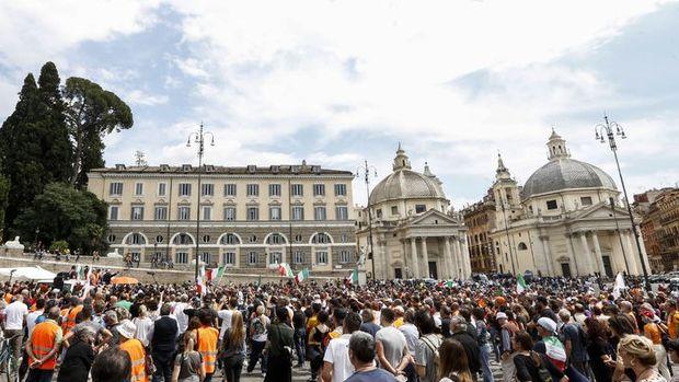 İtalya'da Kovid-19 nedeniyle istihdam oranı yıllık yüzde 0,7 düştü