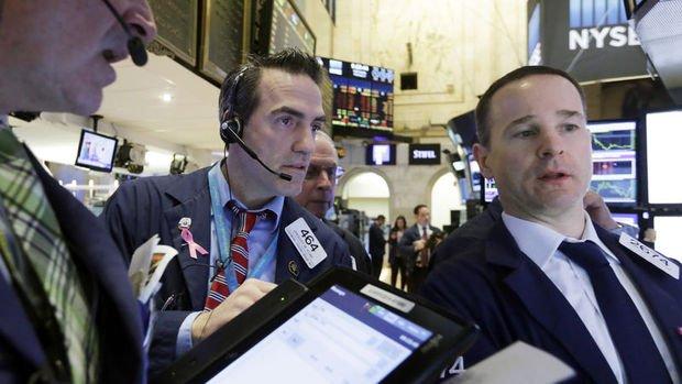 Küresel Piyasalar: Hisse rallisi hız kesti, dolar kayıplarının bir kısmını geri aldı