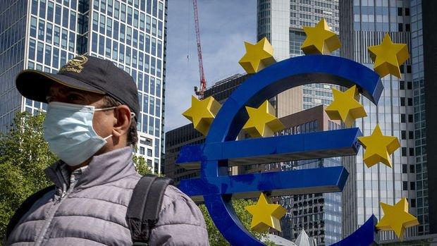 AMB/De Cos: Deflasyon riski teşviklerin artırılmasını makul kılıyor