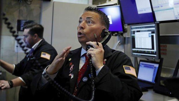 Küresel Piyasalar: Hisseler karışık seyretti, dolar çekildi