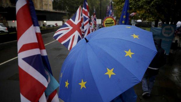 Anlaşmasız Brexit İngiltere'de koronavirüs hasarını derinleştirebilir
